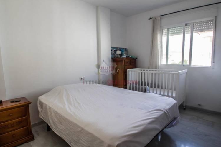Valencia Nº 11, Cúllar Vega, Granada 18850, 3 Habitaciones Habitaciones, ,2 BathroomsBathrooms,Casa Adosada,En Venta,1169