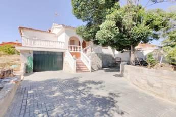 Nardos, El Ventorrillo, Granada 18195, 4 Habitaciones Habitaciones, ,2 BathroomsBathrooms,Chalet,En Venta,1248